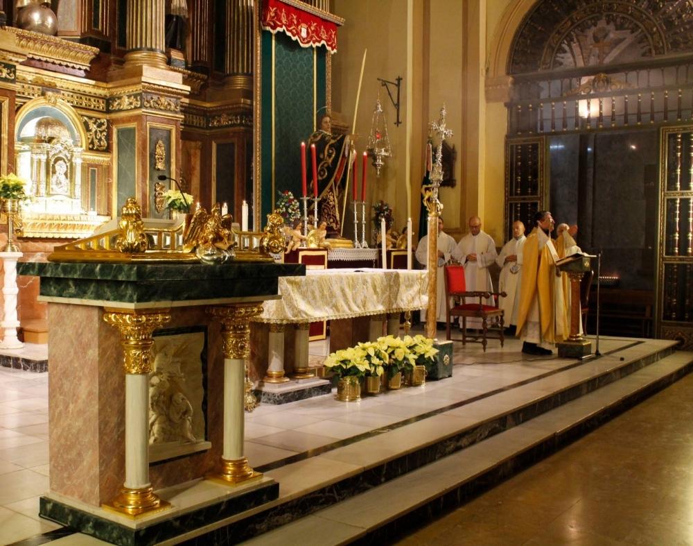 Cada 27 de diciembre, la Cofradía celebra su Solemne Función Religiosa en honor a San Juan Evangelista