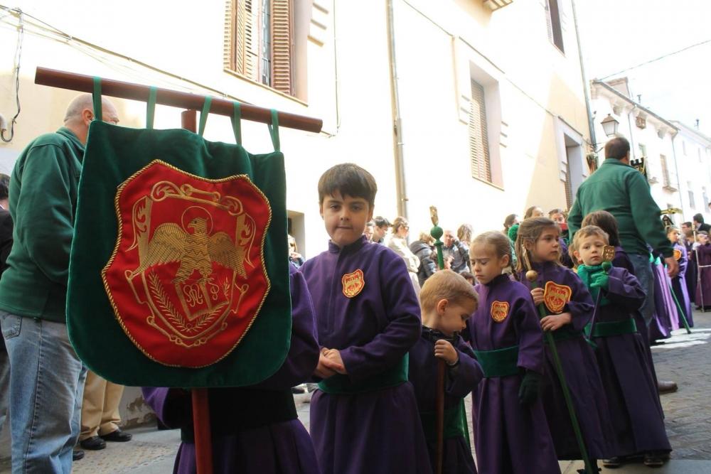 Multitudinaria participación de nuestra Hermandad en la procesión infantil 2019
