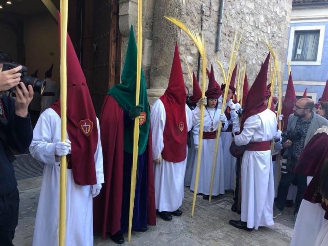Representaci�n de la Hermandad en las dos procesiones que pudieron desfilar en la Semana Santa 2019